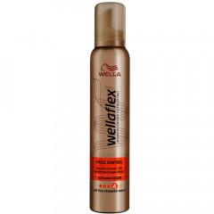 Wella Wellaflex Frizz Control Schaumfestiger 200 ml